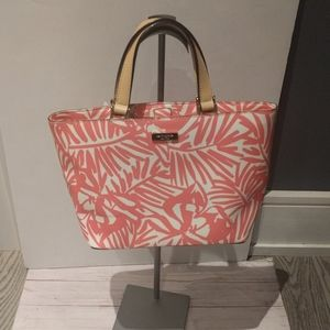Beautiful medium size tote by Kate Spade 🌸